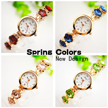 2017 Spring New Design Rhinestone School Girl Wrist Quartz Watches Wristwatch relojes mujer Bangle Fashion Women Bracelet Watch